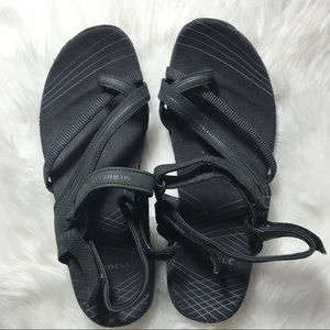 Merrel Women Sandal in Black